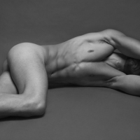 MALE NUDE PORTRAITS BY RUBEN TOMAS FEAT. SERGIO ACEVEDO