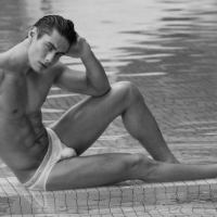 Meet the Stunning Photo Model Everton Stedile
